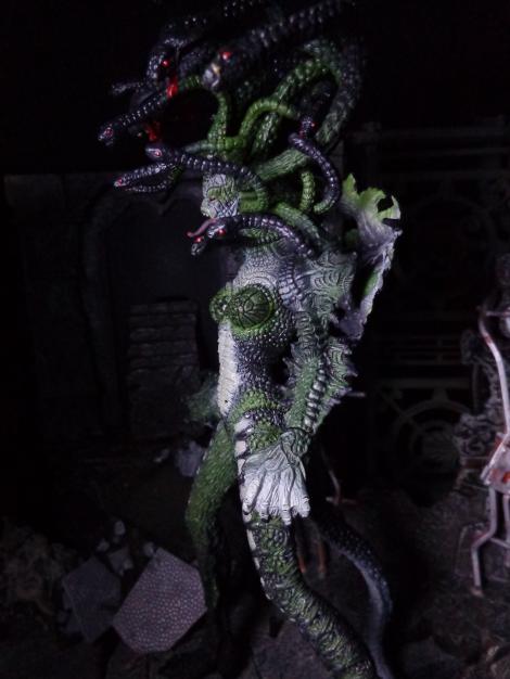 Medusa-Side
