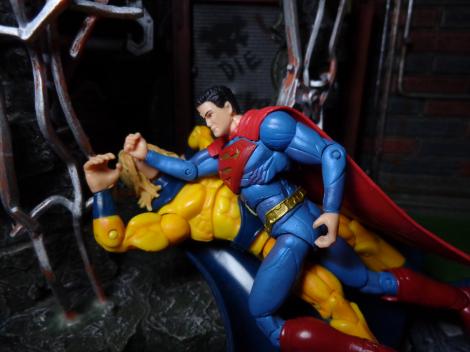 Injustice-SupermanVsSentry