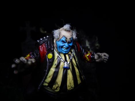 Graveyard-ClownSmile