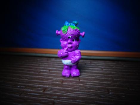 Minikins-CreepyCarol