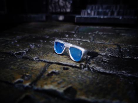 Standor-HolyGlasses