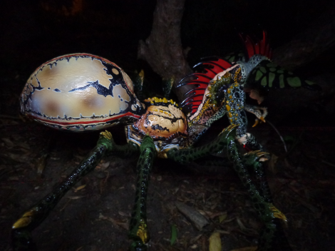 spidergremlin-outside