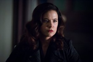 "HANNIBAL -- ""Aperitivo"" Episode 304 -- Pictured: Caroline Dhavernas as Alana Bloom -- (Photo by: Brooke Palmer/NBC)"