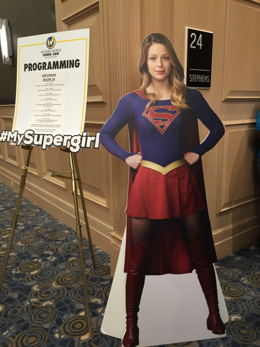 I saw the Supergirl Pilot at Wizard World | Nerditis