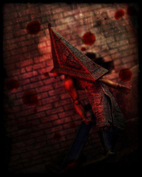 redpyramidhead