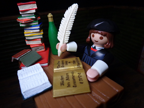 Life In Plastic: REFORMATION DAY: Martin Luther (Playmobil)   Nerditis